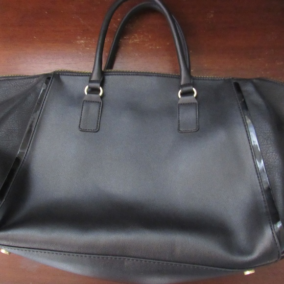 7c3cc946c21 Sole Society Winged tote bag satchel black vegan